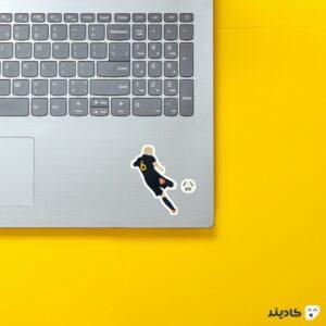 استیکر لپ تاپ مغز روی لپتاپ