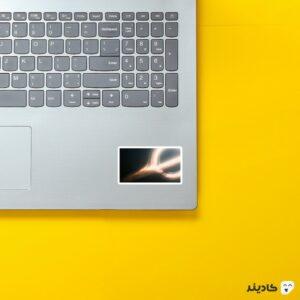استیکر لپ تاپ تصویر سیاه چاله روی لپتاپ