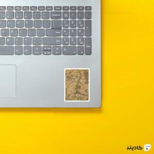 استیکر لپ تاپ نقشه ی روحان روی لپتاپ
