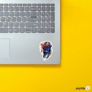 استیکر لپ تاپ اعجوبه برزیلی روی لپتاپ