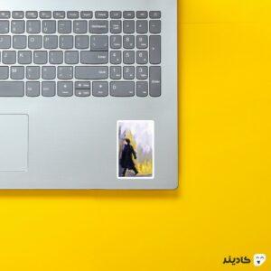 استیکر لپ تاپ پوستر هنری شرلوک روی لپتاپ