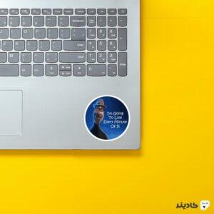 استیکر لپ تاپ تایپوگرافی انیمیشن سول روی لپتاپ