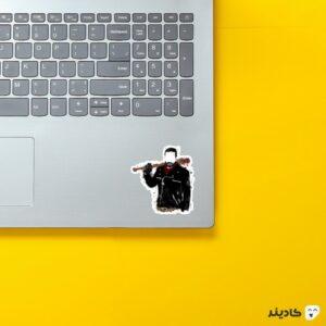 استیکر لپ تاپ پوستر اسپلاتر نگان روی لپتاپ