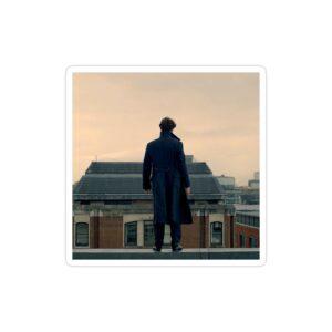 استیکر لپ تاپ شرلوک روی ساختمان