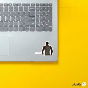 استیکر لپ تاپ جی تی ای - تایپوگرافی و شخصیت بازی بدون پس زمینه روی لپتاپ