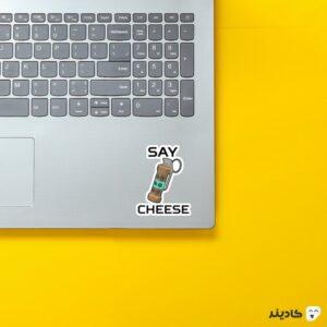 استیکر لپ تاپ کانتر استرایک - بمب دستی روی لپتاپ