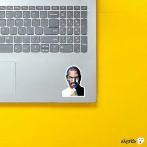 استیکر لپ تاپ استیو جابز - پوستر رنگی جابز روی لپتاپ