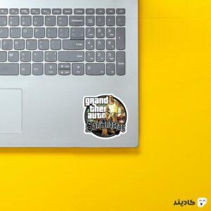 استیکر لپ تاپ جی تی ای - پوستر بازی به همراه سن اندریاس روی لپتاپ