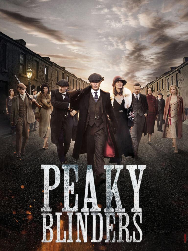 سریال پیکی بلایندرز با الهام گرفته از فضای انگلستان قدیم، داستان یک گروه گانگستری را روایت میکند که تلاش میکنند به راس قدرت برسند و شهرت کسب کنند.