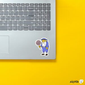 استیکر لپ تاپ مجموعه سیمپسونها - جاسپر روی لپتاپ
